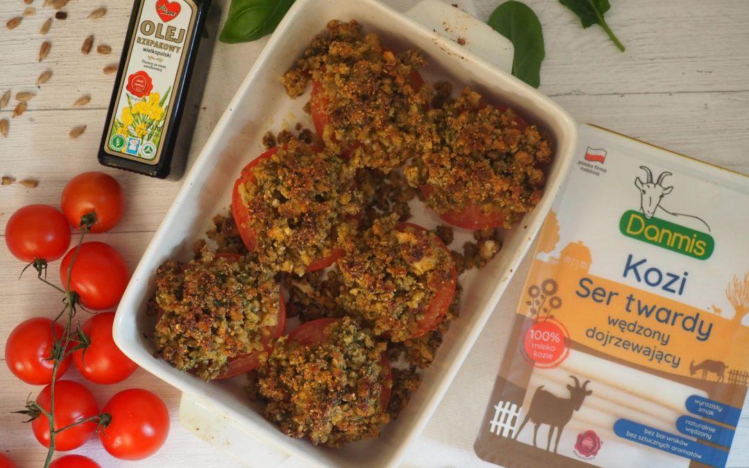 Zapiekane pomidory z wędzonym kozim serem